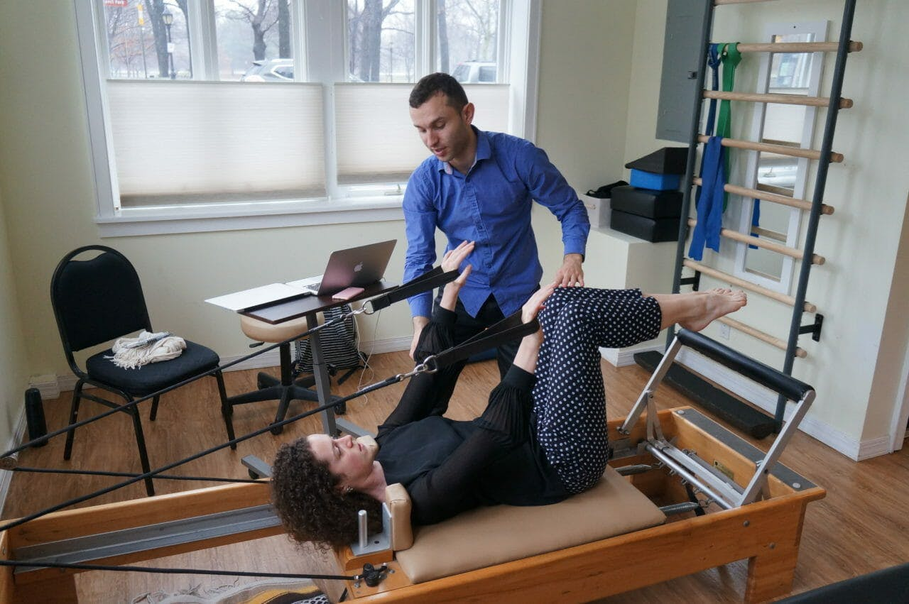 Pilates offers an excellent variety of spine stabilization exercise.
