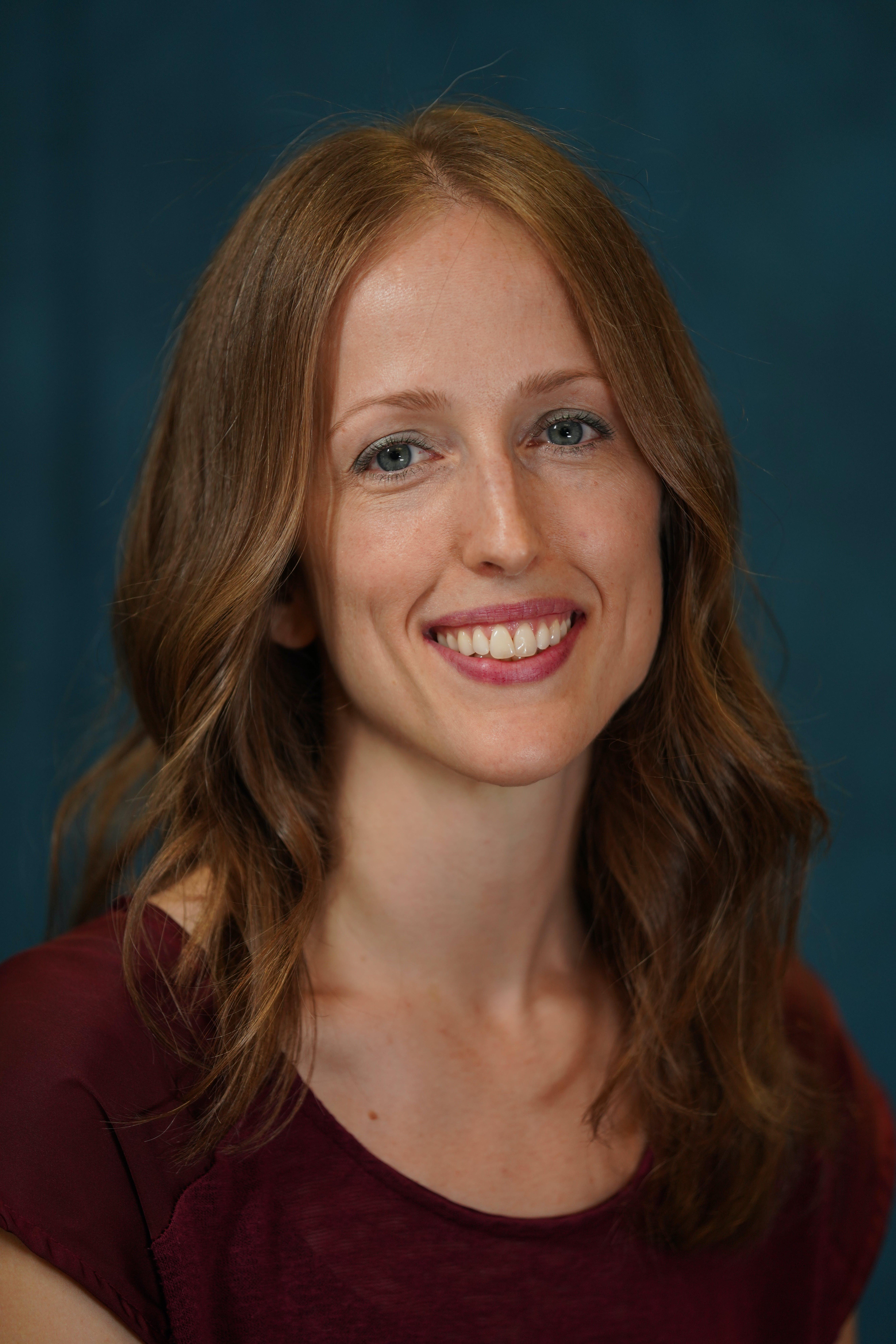 Jana Metken, Office Manager