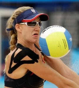 U.S.'s Kerri Walsh in action against Norway in a beach volleyball match  at the Chaoyang Park Beach Volleyball Ground at the Beijing 2008 Olympics in Beijing, Thursday, Aug. 14, 2008.U.S won 2-0.  (AP Photo/Natacha Pisarenko)