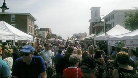 Description: Middletown Olt Type Peach Festival - Aug 16, 2014