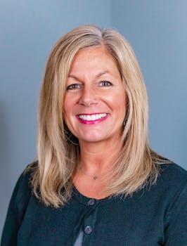 Sara Heinold, Marketing & Communications Coordinator