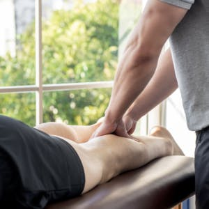 Knee Physical Therapy in Warren, MI