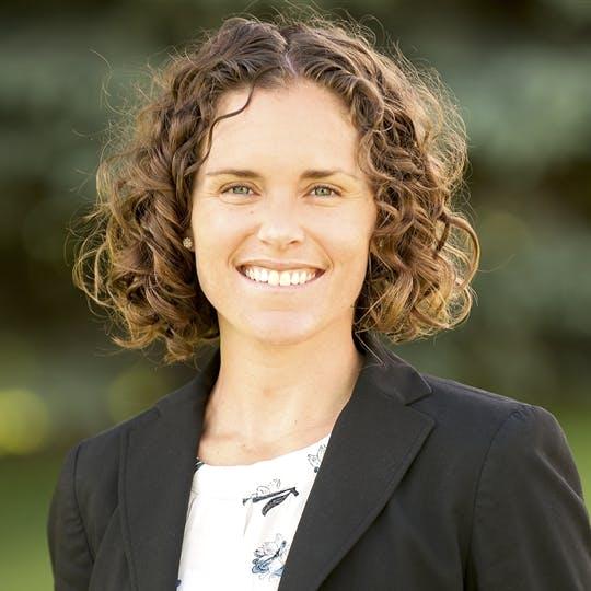 Elizabeth Bergman, PT, DPT, MTC, OCS, FAAOMPT