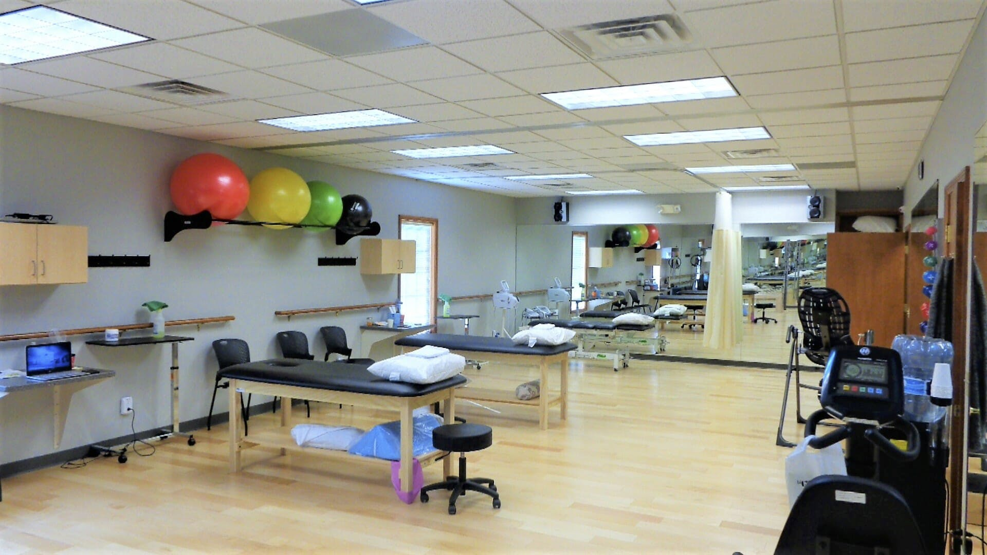 Steppin' Up Physical Therapy   Watersong IN