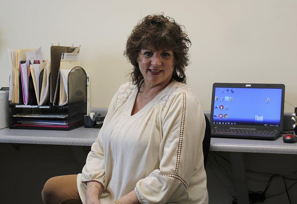 Donna Zurzola, Receptionist
