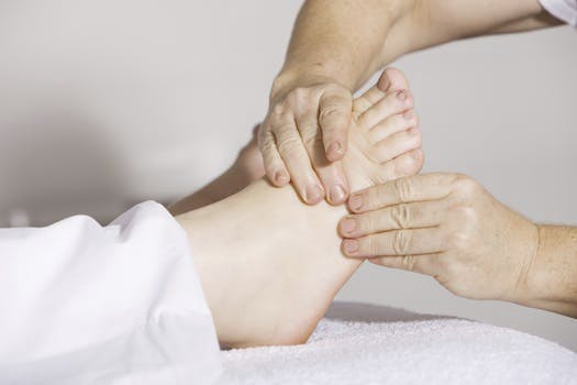 Keeping Feet Healthy during the Holiday Season
