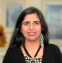 Shweta Girdhar, PT (Pelvic Floor Therapist)